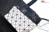 竹下店で買取強化中のISSEI MIYAKE(イッセイミヤケ)から入手困難なバッグが入荷!:画像1