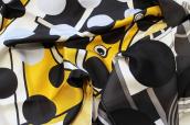 HERMES × COMME des GARCONSコラボの超希少なのスカーフ「コム デ カレ」が入荷致しました!!:画像1
