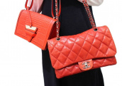 クリスマスと言えば、、!ルージュの様に真っ赤なバッグ特集!!:画像1