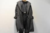 COMOLI(コモリ)より、中綿ショールカラーコートをお買取させていただきました。:画像1