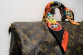 大注目のコラボアイテム!LOUIS VUITTON(ルイヴィトン)×KANSAI YAMAMOTO(カンサイヤマモト)のスカーフが入荷いたしました!:画像1