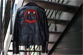 SAINT LAUNRENT PARIS サンローランパリ 愛称「ヴァンパイア」で知られる、あのデザインが、17SSまさかのレザージャケットに!?:画像1