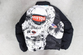 Supreme Astronaut アストロを待望の入荷!!かなり希少です、、、、、、:画像1
