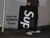 【旅のお供にどうぞ!】Supreme(シュプリーム)×RIMOWA(リモワ)からコラボアイテム入荷!!!:画像1