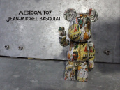 【天才画家とのコラボ!!】MEDICOM TOY(メディコムトイ)×BASQUIAT(バスキア)のコラボアイテム入荷!!!:画像1