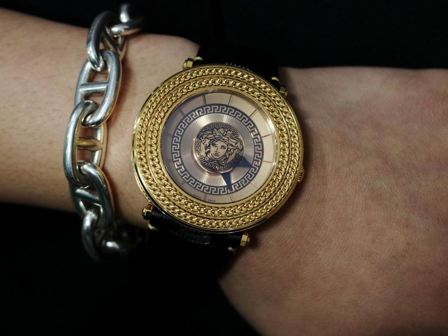 憧れのメゾンブランド!!VERSACEから腕時計買取致しました!