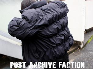 POST ARCHIVE FACTIONポストアーカイブファクション