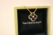 VAN CLEEF & ARPELS(ヴァンクリーフ&アーペル)よりヴィンテージアルハンブラネックレスをお売りいただきました。【ブランドコレクト表参道店】:画像1