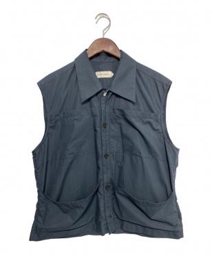 ノースリーブシャツ